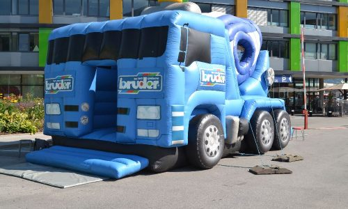 Betonmischwagen Hüpfburg, aufblasbare Baumaschine, Hüpfspaß, Kinder, Hupfburg,