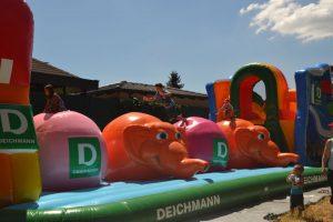 Deichmann Elefantenparcours, Parcours, Hindernisparcours, Elefanten, Schuh, Deichmann, Elefanten, Hüpfburg