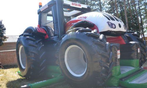 Aufblasbarer Traktor, Steyr, Landmaschine, Hüpfburg, Rutsche, Bruder, Fahrzeug